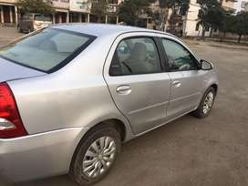 Very good condition with all service record fron toyota agrncy