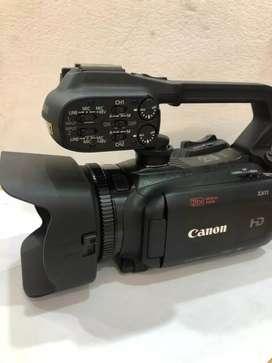 Full HD Video Camera (Canon XA11) Professional Video Camera