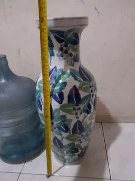 gucci vas bunga keramik