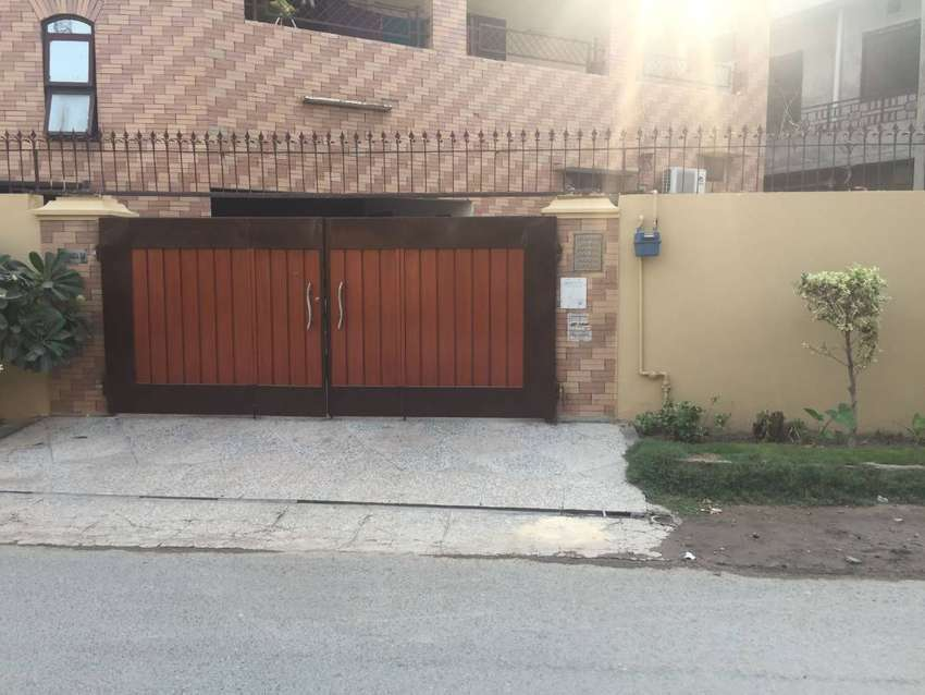 3 Storey Corner House with Basement, Sabzaza Lahore for Sale. 0