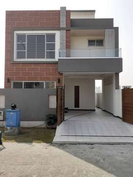 DHA 9 TOWN 5 MARLA BRAND NEW HOUSE FOR SALE
