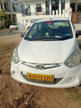 Require  driver for Eon taxi car