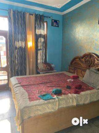 one room set for Girls 0