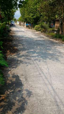 Tanah Pekarangan Timur Kolam Renang Balong Banguntapan Jogja(KODE E.15