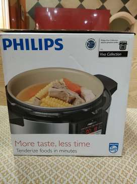 Electronic Pressure Cooker Philips HD2136