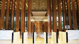 Ruang Kantor di Park Tower Kebon Sirih, luas mulai 260sqm, bare unit.