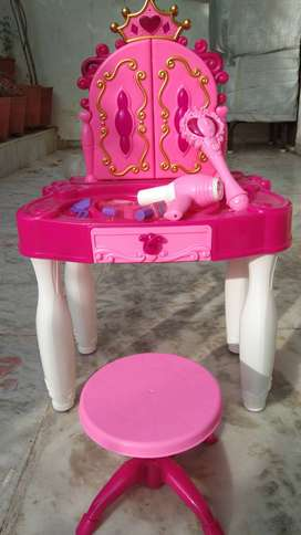 Kids toy dressing table