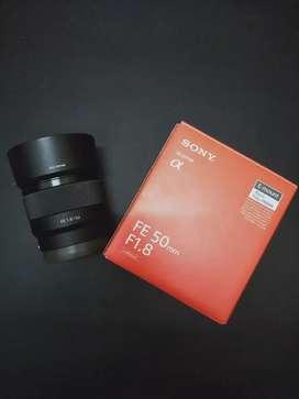 Lensa fix sony fe 50mm f1.8