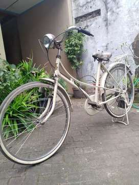 Sepeda antik sepeda kuno sepeda jengki sepeda lipat sepeda onthel