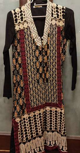 Beechtree black embroidered