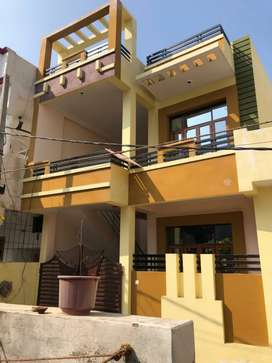House sale @ 40 lacks only | Jagrani Hospital Kuramnagar Aliganj