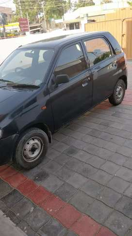 Premium black colour alto single owner