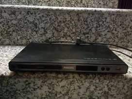 Philips Pan Drive FM DVD Player