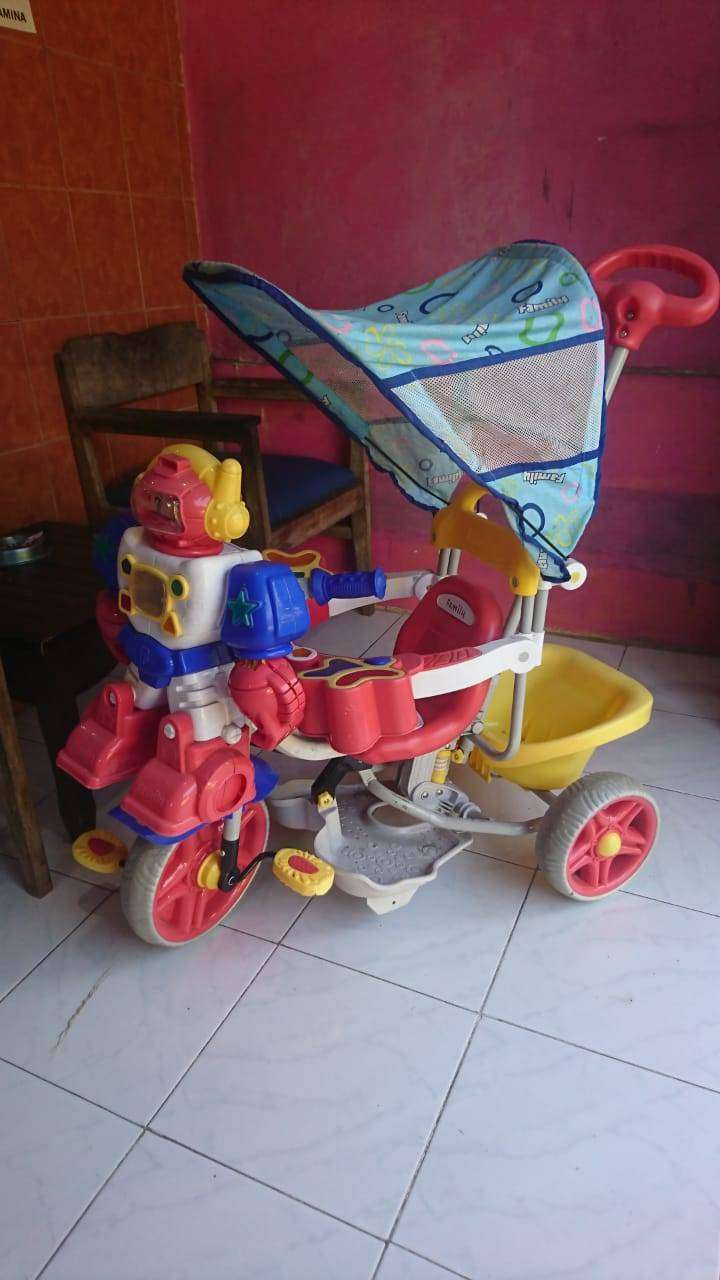 Sepeda roda tiga 0