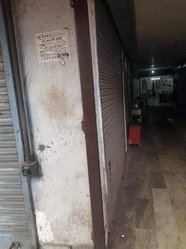 700sqft commercial shop for rent under chawla shoe palace in telibagh