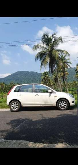 First single owner figo titanium  full option family used car.