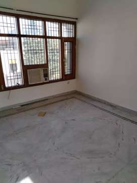 single room attached bathroom kitchen sec 38
