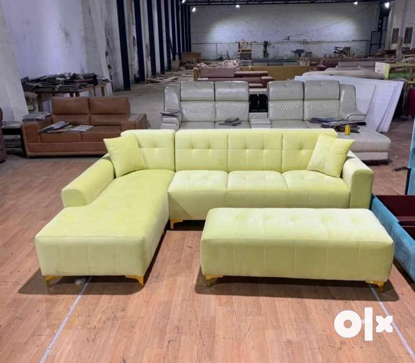 L shape sofa with table