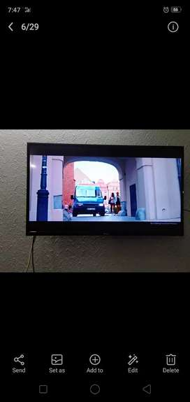 """TCL Original branded LED """"40""""inches"""
