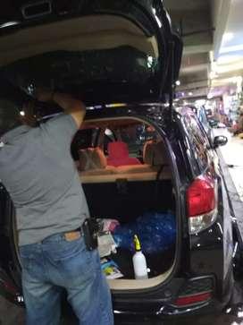 Melayani pemasangan kaca film di lokasi pelanggan se-jabodetabek
