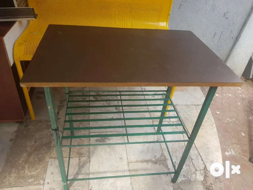 Table home and office 0
