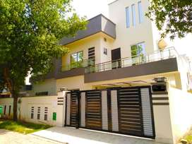 10 Marla Almost Brand New House Overseas Enclave Bahria Town Lahore
