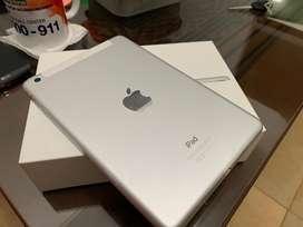 Ipad mini 3 16 gb + celular