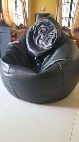 Xxx size Bean bag, filled with beans