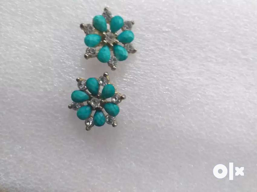 Blue earrings perfect for suit and tops 0