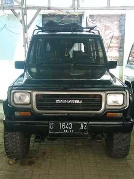 Daihatsu Rocky tahun 1991 4x4
