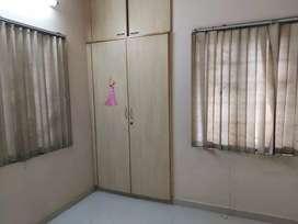 FULLY FURNISHED 3 BHK FLAT FOR RENT IN BIBI KULAM