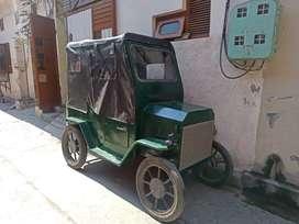 Very nice . modified look like a jeep