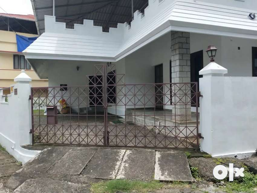3 BHK INDEPENDENT VILLA FOR RENT AT EDAPPALLY