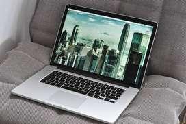 """Apple MacBook Pro 15.4"""" Retina Quad Core i7 / 16GB / 512GB SSD"""