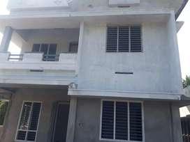 4cent villa nearpukkattupady vazhakulam