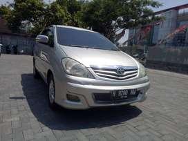 Innova G Diesel 2010 AT