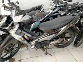 supra x th 2010 dekat mesjid arahim Sultan Adam hairi motor