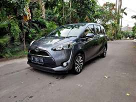 TERMURAH SEOLX Toyota Sienta V AT 2018 Like New SuperTop Condition