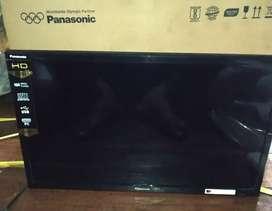 Panasonic 24`` led tv 1 yr
