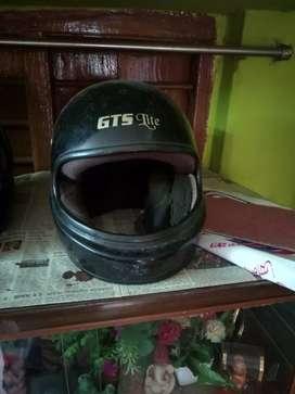 A good quality ISI mark Aerostar helmet