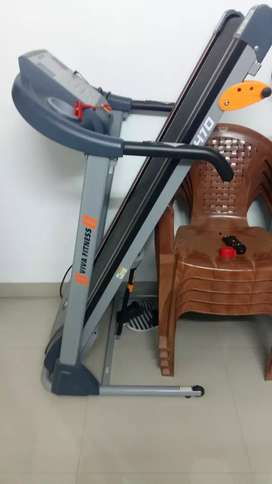 Vivo treadmill T470