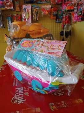 Ice cycam bentuk perahu