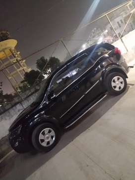 XUV 500 available for Shaadi and other functions