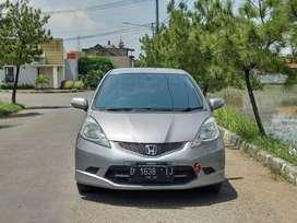 DP 17 Jt// HONDA JAZZ RS AT 2009