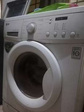 Fully Automatic LG Washing Machine and Dryer