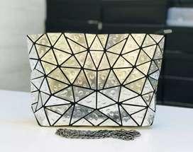 Attractive ladies hand bag