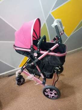 """Flodable Very Good Condition pram """"IMPORTED FROM DUBAI"""""""