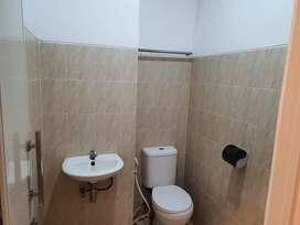 Dijual Guesthouse 12 kamar + Kos 10 kamar + Koin laundry 3 set