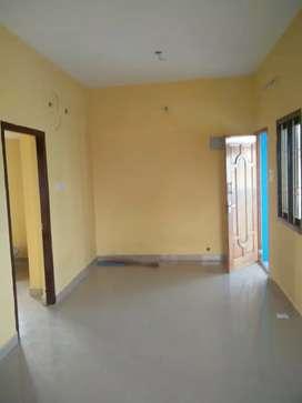 T Nagar G.N.Chetty Rd. 2 BHK flat Lease 1st flr. CCP Rs-17 Lac. Neg.