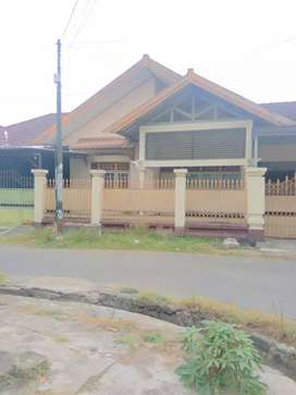 Rumah mewah pusat kota, lokasi dekat Lombok Epicentrum
